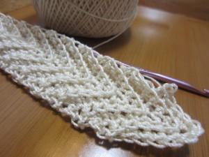Cotton thread size 3, wrist cuff