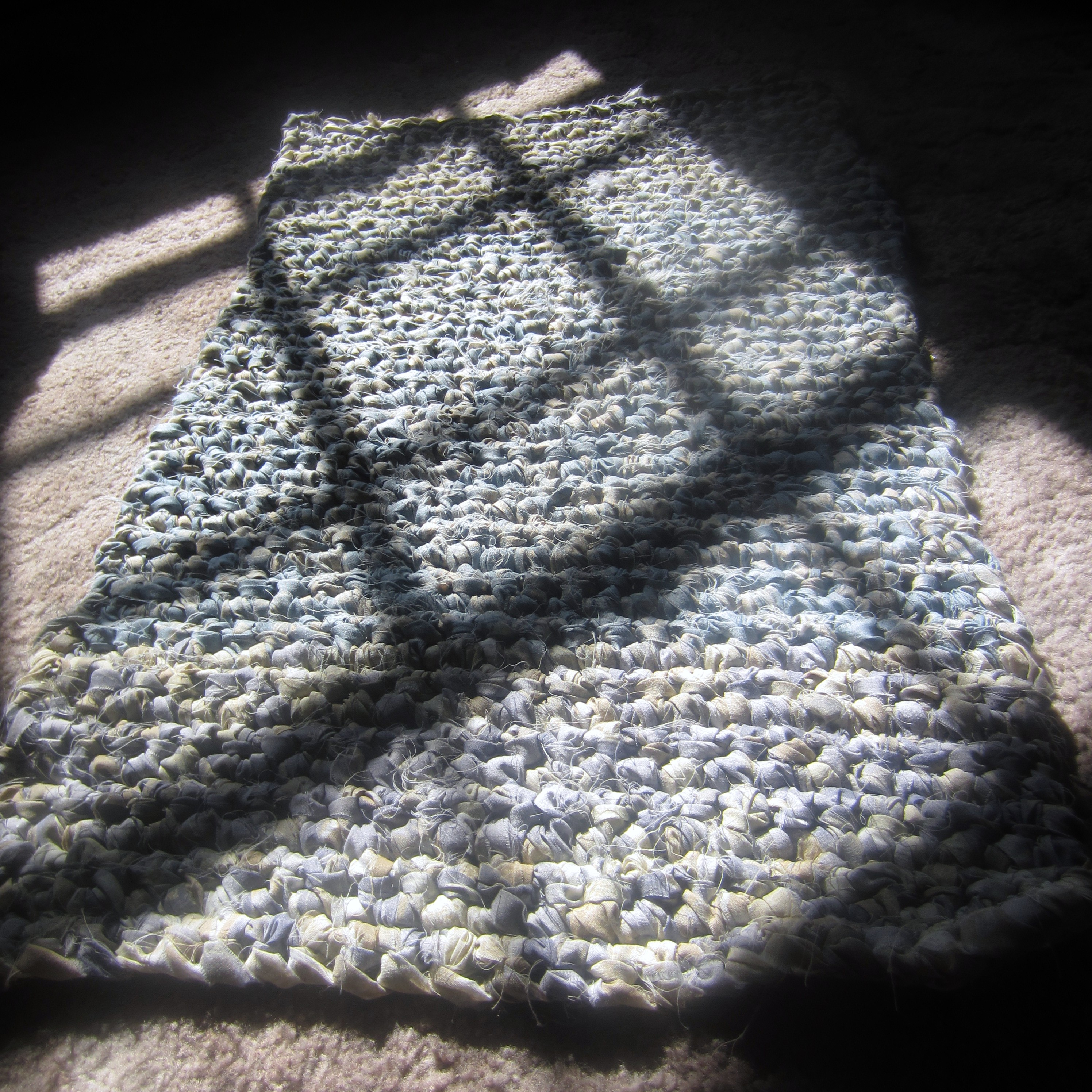 Free Crochet Rectangle Rug Pattern : My First Rectangular Rag Rug. Another ?Something To Learn ...