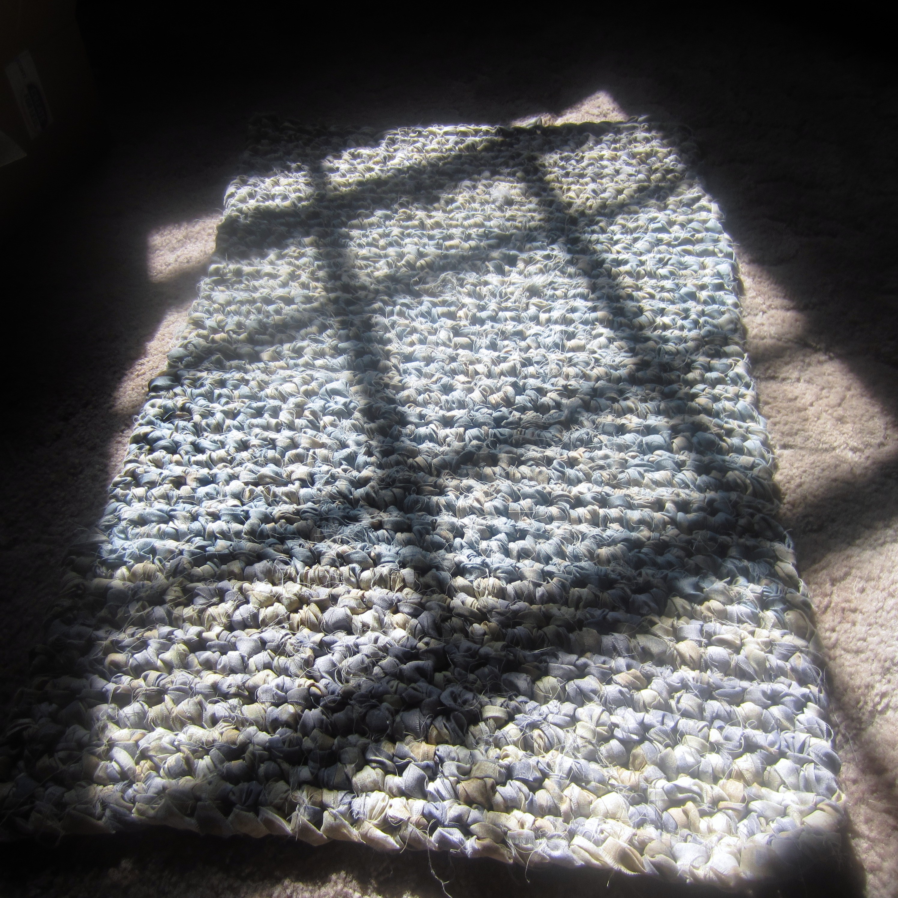 """My First Rectangular Rag Rug. Another """"Something To Learn"""