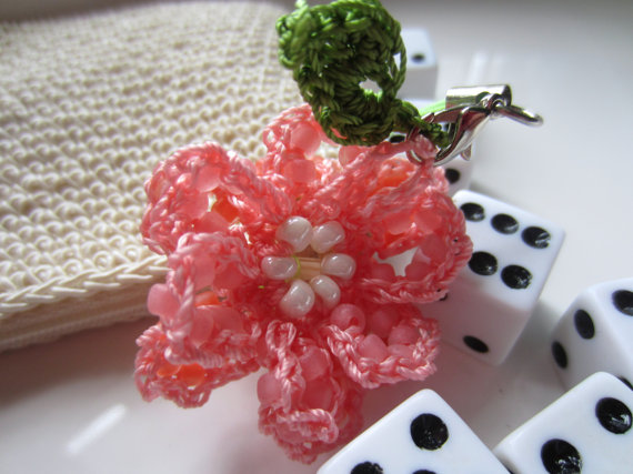 Peachy Beaded Crochet Rose Zipper Pull