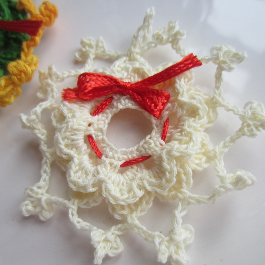 Crochet Xmas Ornaments : crochet, Christmas, ornaments, thread 007 G-Ma Ellens Hands ...
