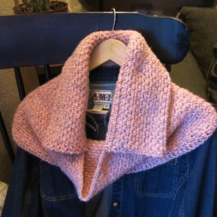 I had originally planned on this being a 'hooded' cowl.