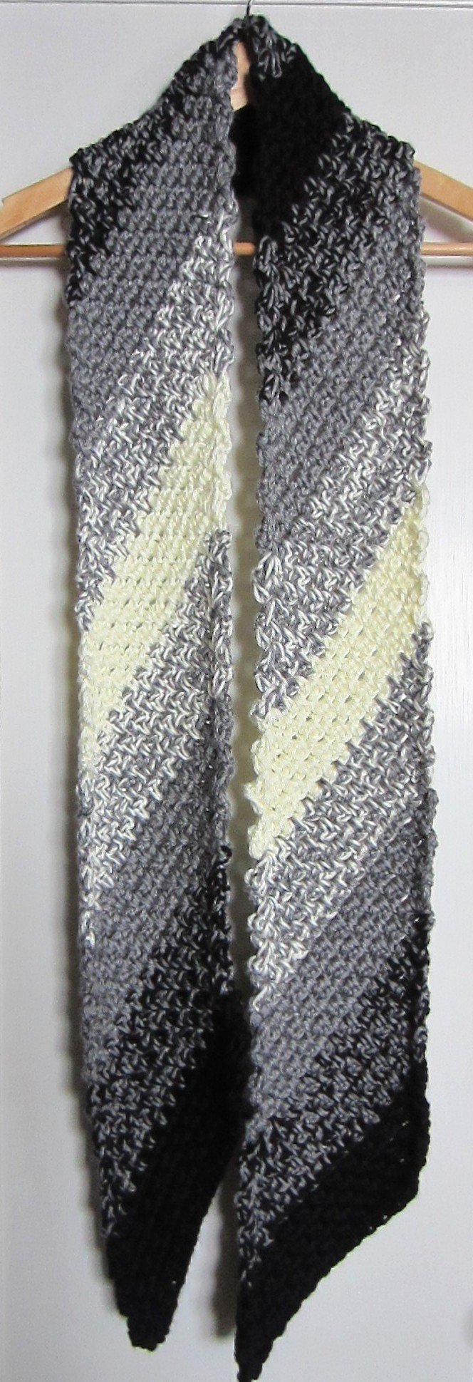 A New Scarf . . . Diagonal Crochet-In Black, Grey and White G-Ma Ellen...
