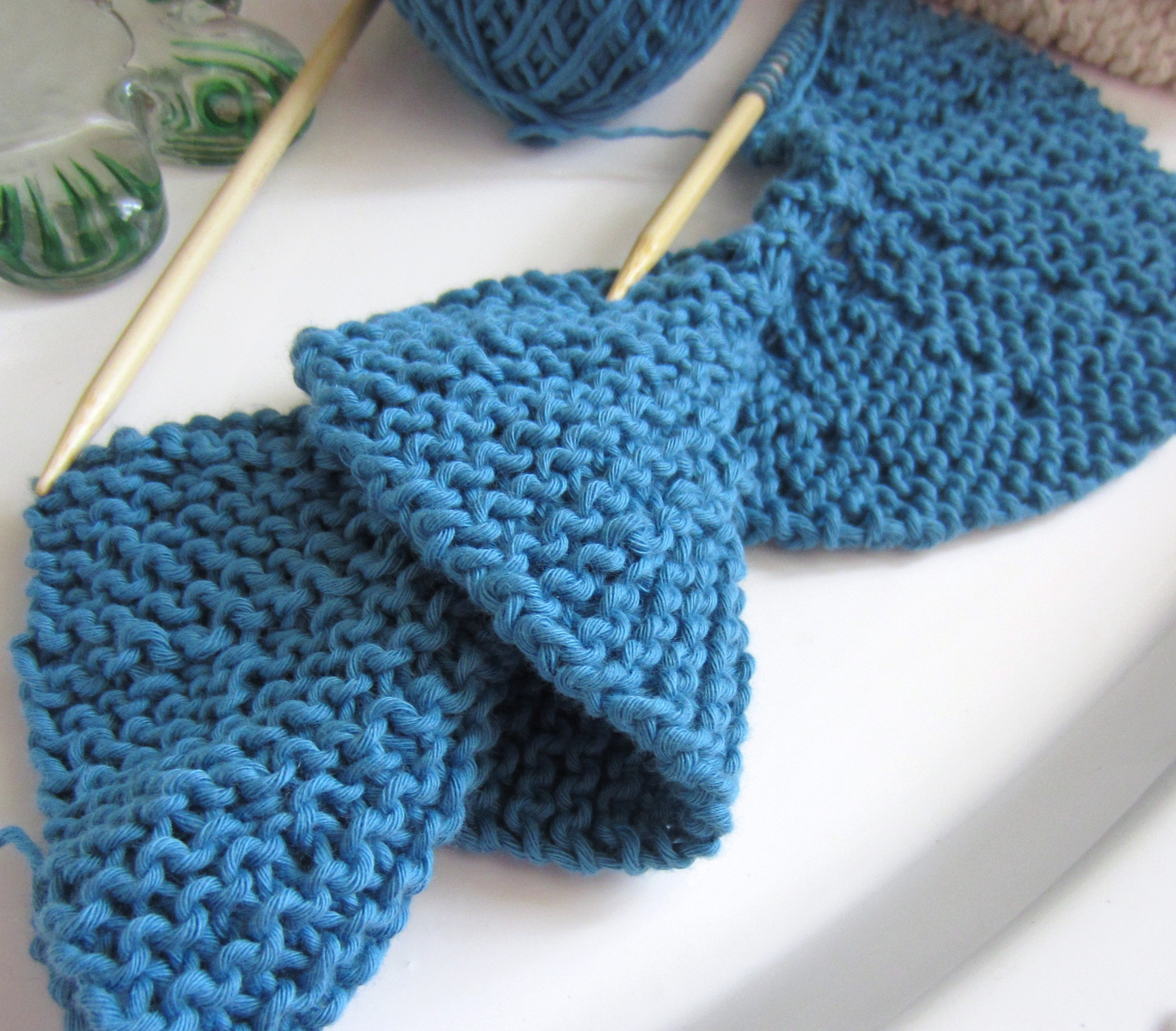 Knitting Crocheting : Trying my hand at short row knitting spiral scarf