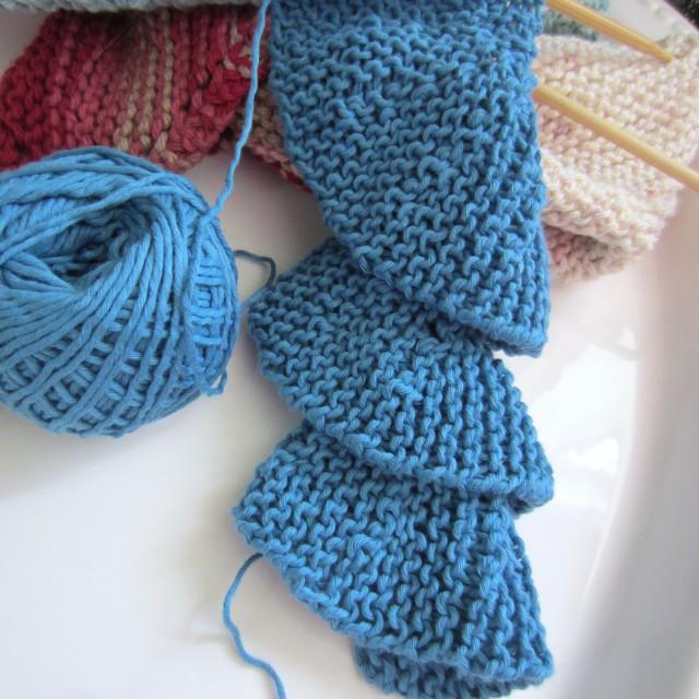 knitting short rows, crochet scarf 012