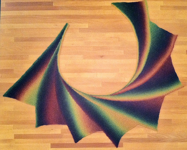 Ravelry: Wingspan pattern by maylin Tri'Coterie Designs
