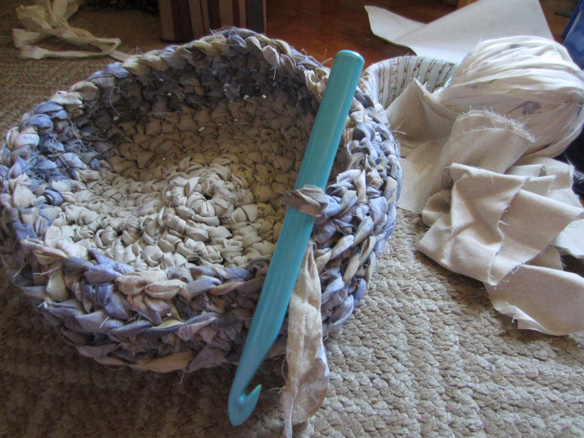 A Tisket A Tasket A New Crochet Rag Basket G Ma