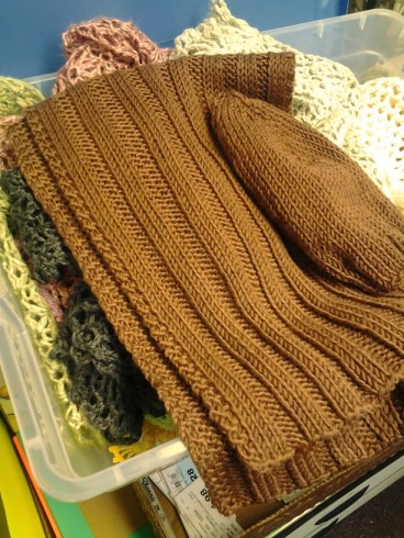 This scarf and hat set are made with Martha Stewart Crafts extra soft wool blend yarn.  (A new favorite!  Extra soft is spot on.)