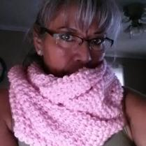 Soft_Pink_Seed_Stitch_Knit_Cowl