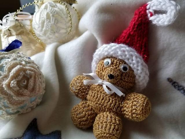 http://www.woollywormhead.com/blog/2012/11/28/minikins.html